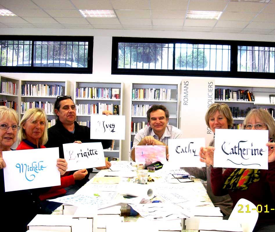 atelier-calligraphie-adultes en médiathèque