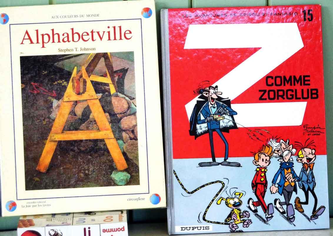 exposition sur les alphabets de A à Z titres de livres