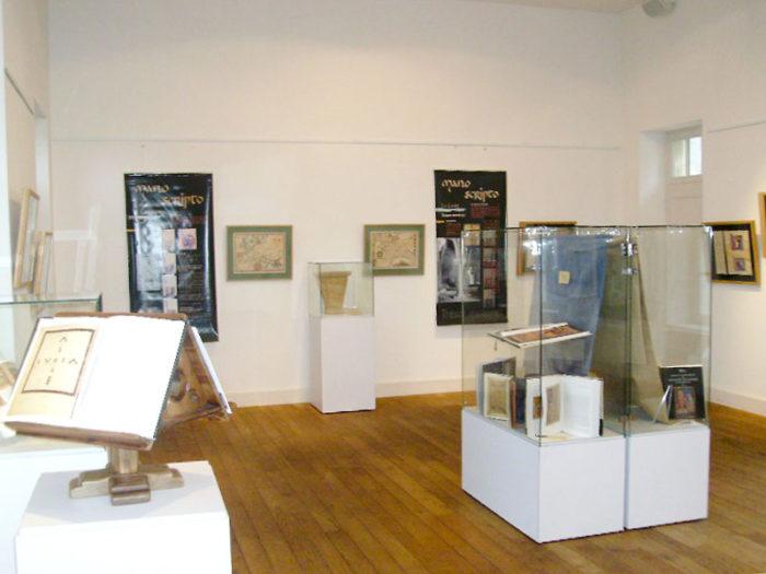 exposition itinérante enluminure médiévale