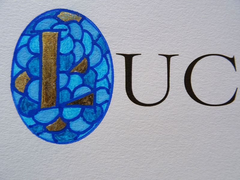 lettrine enluminure encre bleue lombarde évangile bible orthodoxe calligraphie